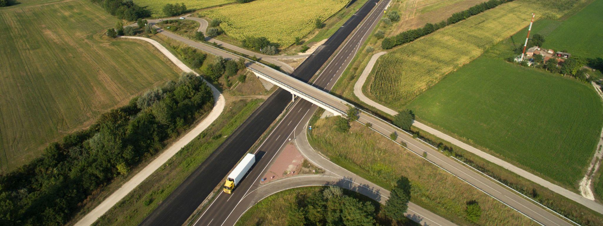 közlekedési infrastruktúra fejlesztés